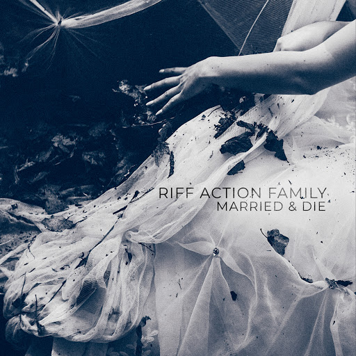 Riff Action Family альбом Married & Die