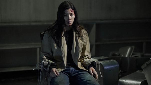 Фильм Верзила (2012) Действие фильма разворачивается в американском городе Колд Рок, в котором на протяжении многих лет пропадают без вести дети. Местные легенды гласят, что их забирает к себе