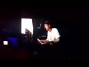 One Republi спел песнб Avicii на своем выступлении в Индии.
