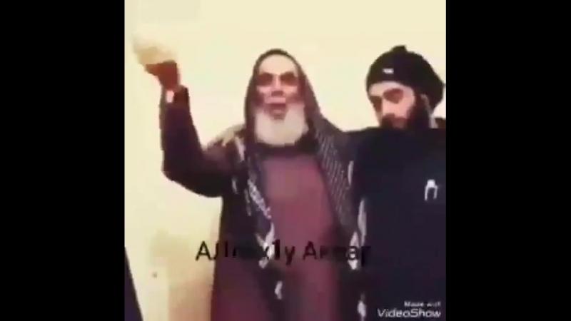 Клянусь Аллахом если в каждой семье мусульман были бы такие отцы, молодёжь ислама раздвигали бы мир плечем!! Субханаллах