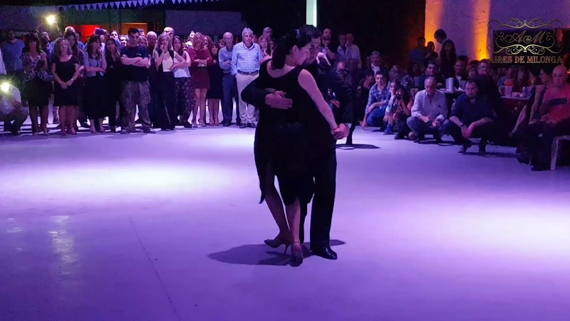 Canyengue bailado por Pablo Yfran, Carolina Marquez con la orquesta Tiempo e Ñaupa