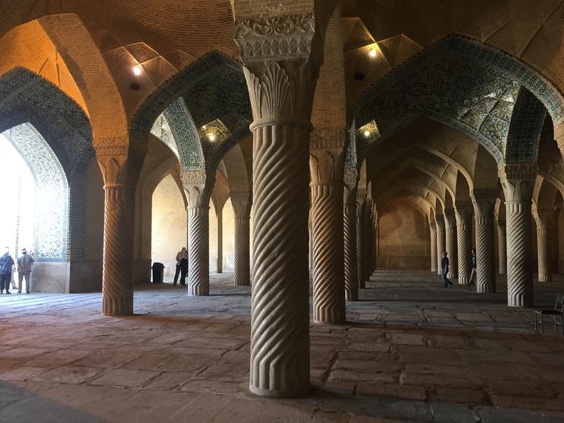 Пасаргад Персеполис Шираз. мечеть Вакиль