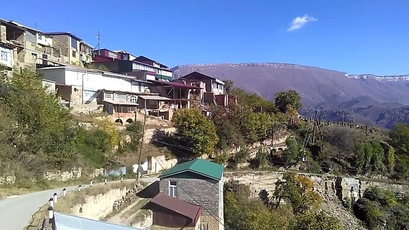 Вид на окрестности села Согратль, октябрь 2018 | виден хребет и плато Дурчидаг | туризм в Дагестане
