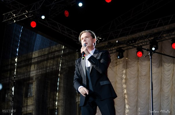 2 июня  2018 г, участие Олега Погудина в фестивале «Петербург live», посвященном 80-летию Владимира Высоцкого, СПт-г YXE9WxixTzY