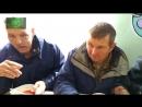 Голодомор на Украине как киевские пенсионеры давятся в очереди за бесплатной похлебкой