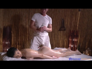 Mia Navarro [Amateur, Sex, Wet, Massage, Oil, Cowgirl, Missionary, Side Fuck, Pussy Licking, Blowjob, Indoors, Cum on Pussy]