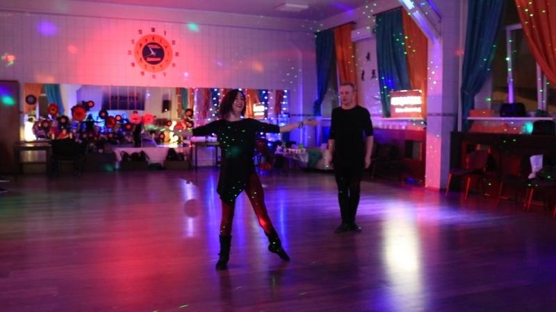 Шоу преподавателей Игоря Дубровина и Марии Лазаревой