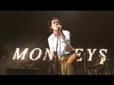Arctic Monkeys - Lipstick Vogue (Elvis Costello cover) live @ Les Nuits de Fourv