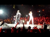 Rihanna &amp Eminem - Love the Way You Lie (Live @ Staples Center) 7.21.10 (1).mp4