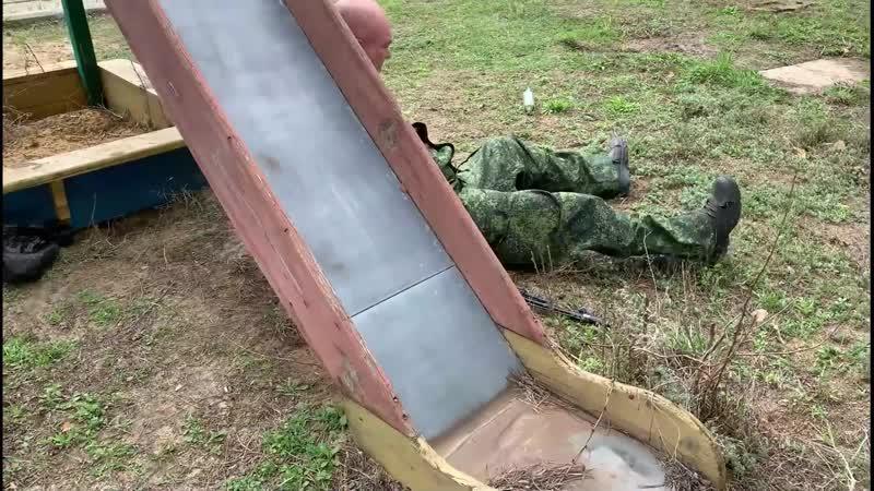 Донбасс ВСУшник в российской форме выдал себя за ополченца но был разоблачён