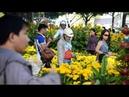 Chợ hoa Tết trên bến sông ở Sài Gòn