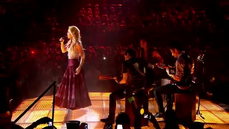 Shakira - Nothing Else Matters_Despedida (Live from Paris)