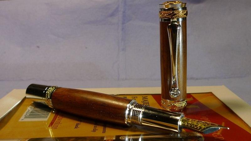 Как Сделать Деревянную Ручку для письма из набора. Turning Majestic 22kt Gold/Rhodium Fountain Pen