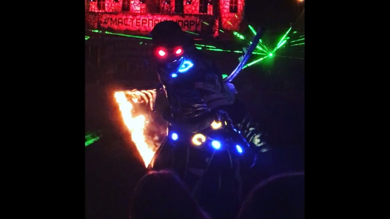 MasterPaninPark cool supershow stuntman🙌👏✌️👍😉