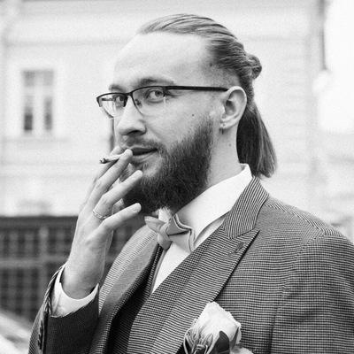 Илья Ломтев