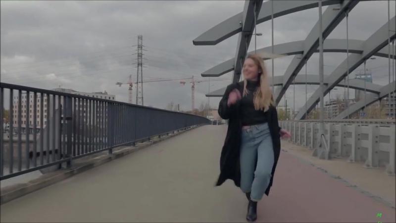 Михаил Моисеенков - Она не ты