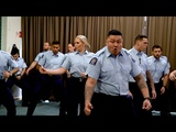 Полицейская академия танцы на выпускном