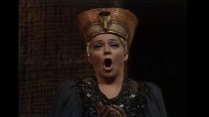 """Fiorenza Cossotto """"Ohimè, morir mi sento"""", Judgment Scene, Aida, with english subtitles."""