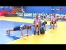 Участники сельских классов команд соревнуются в спортивном многоборье