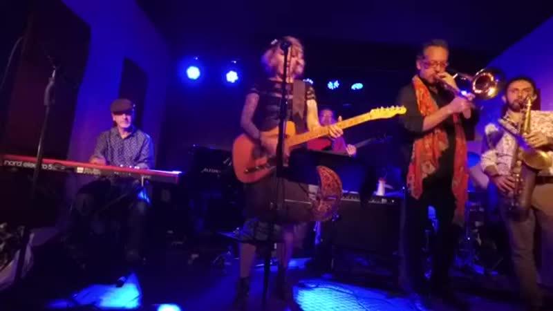 Kikka Gypsy Blues Band Aretha Medley