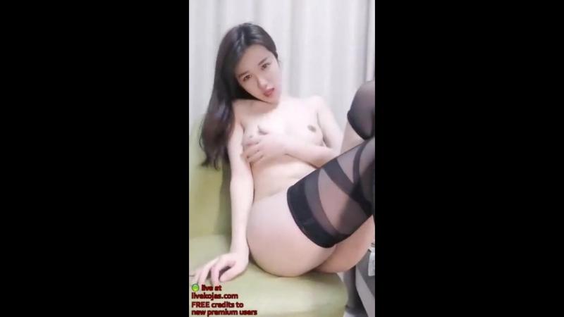 Korean camgirl fucks her pussy with big dildo - Live at livekojas.com - XNXX.COM.mp4