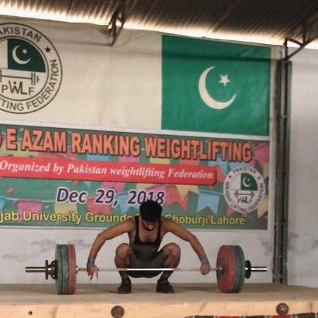 "Talha Talib on Instagram: ""143Kg Snatch At Quaid-e-Azam Ranking Weightlifting (Un-Official) Junior World Record ❤️Alhamdulillah ❤️ @iwfnet @wolfwei..."