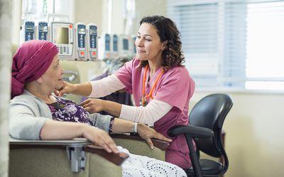 Лечение Ангиоиммунобластной Т-клеточной лимфомы зависит от конкретного типа и стадии заболевания на момент постановки диагноза, а также от возраста и общего состояния здоровья пациента.