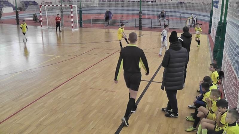 18 19 юноши 2010 СШ №13 Динамо 1 тайм