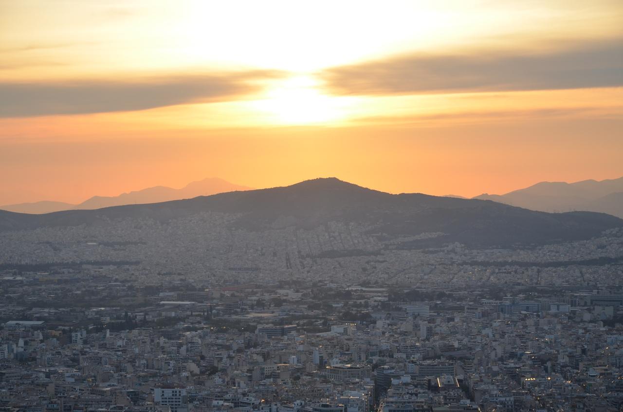 EPiytjm6FQc Ликавитос (Ликабет) холм в Афинах.