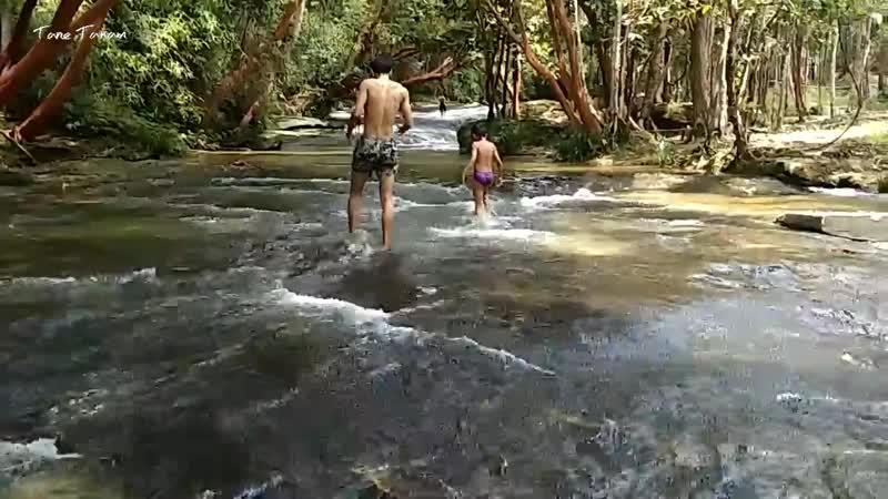 Air Terjun Aji di Sanggau Kalimantan Barat