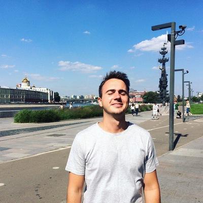 Константин Шаронов