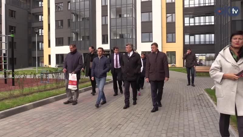 Глава района Анатолий Повелий проверил объекты благоустройства в Колпино и посёлке Металлострой
