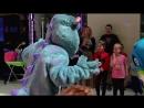 Интерактивный спектакль Корпорация монстров - YouTube (720p)
