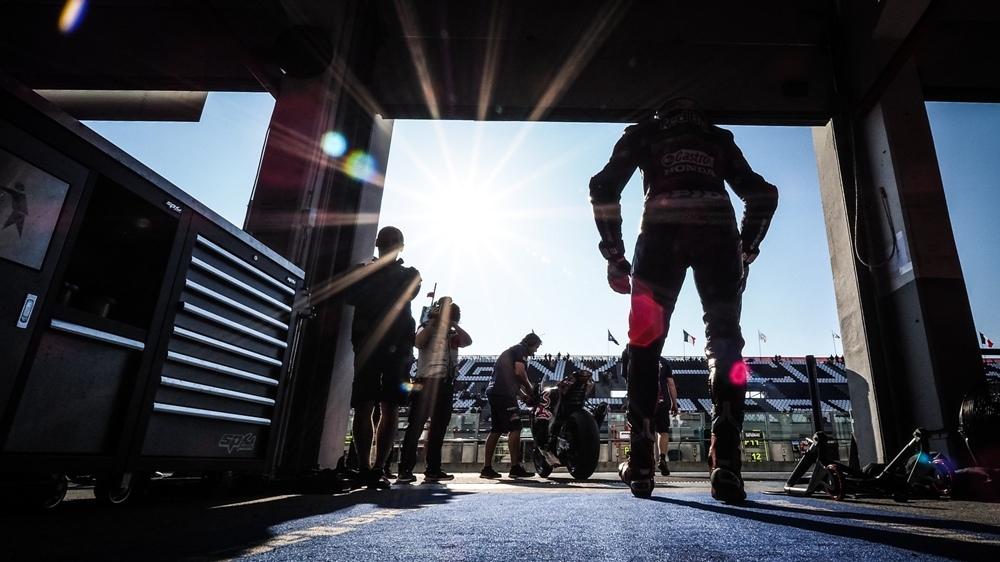 Фотографии 11-го этапа WSBK 2018 - Маньи-Кур