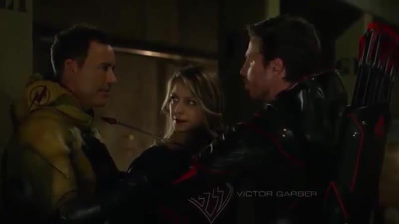 Crisis on Earth-X. Dark Arrow and Reverse Flash threaten each other