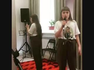 Занятия по вокалу. Академия популярной музыки Игоря Крутого
