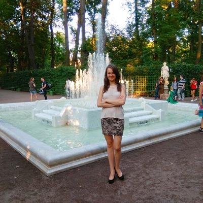 Дина Шакирова