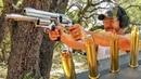 Гигантский револьвер больше чем 500 S W Magnum Разрушительное ранчо Перевод Zёбры