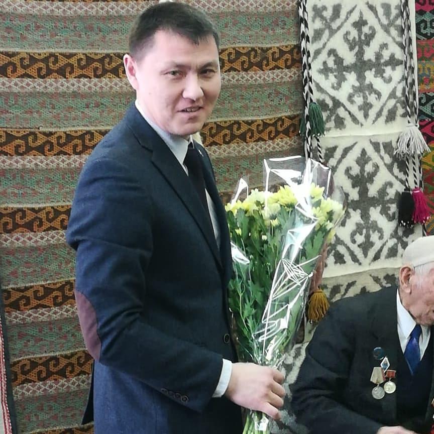 радик Миниханов на творческом вечере Шайзады Мукушева