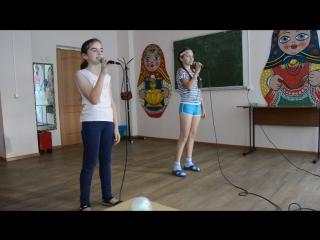 Репетиция младшей вокальной группы (4-12 лет)Ума и Тома.