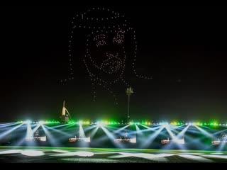 Dubai creates giant image of Sheikh Mohammed in the sky using hundreds of drones #robotmoda