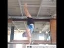 Учитель танцев должен быть в хорошей физической форме ☝🏽