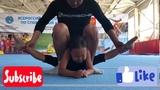 Растяжка акробатов в поперечный шпагат Stretching acrobats into a cross-twine