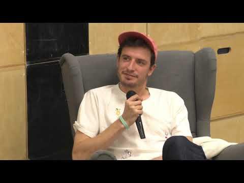 Кирилл Иванов лидер группы СБПЧ в проекте Диалоги о счастье