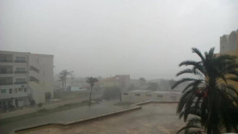 Погода прощается с нами по своему))