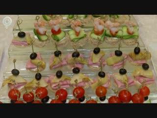 Все больше новосибирцев переходят на здоровую пищу. Что подавать на стол в новогоднюю ночь?