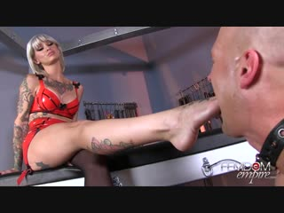 Mistress Kleio Valentein - Foot Boys Are Her Toys [ footfetish, femdom empire, slave, госпожа, раб, bdsm, sex wife, секс вайф ]