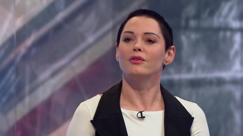 Rose McGowan_ Weinstein tried to contact me - BBC News