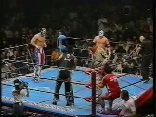 1993.11.17 - Giant Baba/Stan Hansen vs. The Eagle/The Patriot