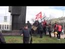 митинг начался с возложения цветов к памятнику ВИ ЛЕНИНУ